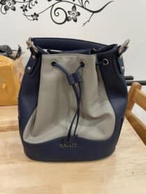 กระเป๋า รุ่น Ella Bucket Bag (เอลล่า)